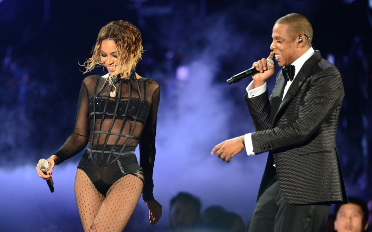 beyonce-and-jay-z-grammy-awards-2014-live-1-1390790624.jpg