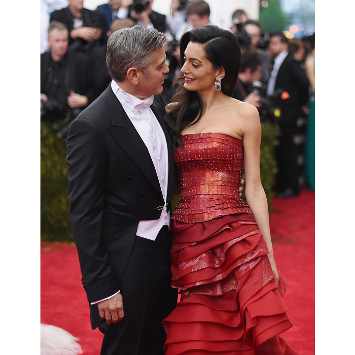 7clooneys_moments_red_carpet_02.jpg