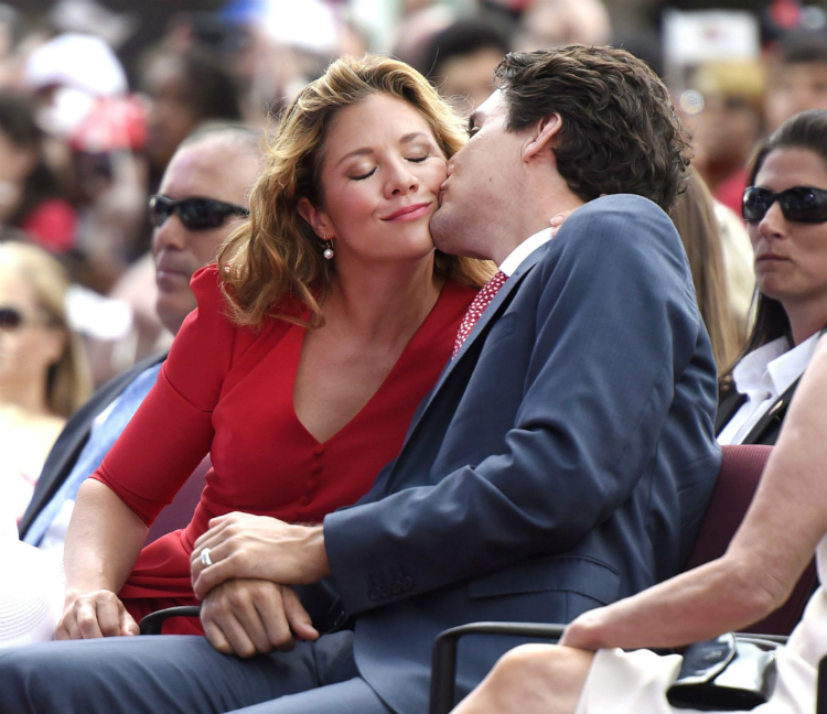 7trudeau_gregoire_moments_08.jpg
