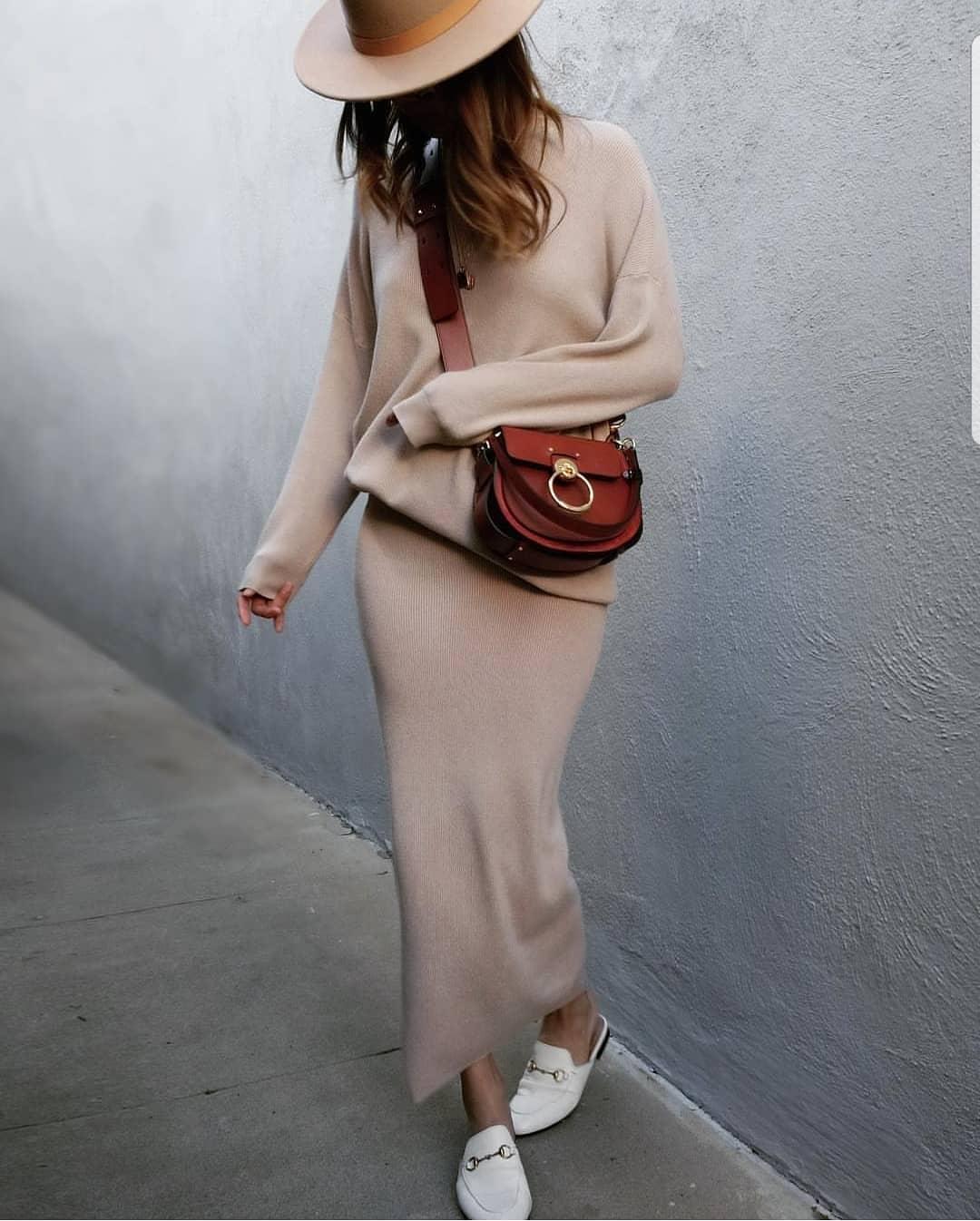 fashion____daily____2_4_2019_1_17_58_270.jpg
