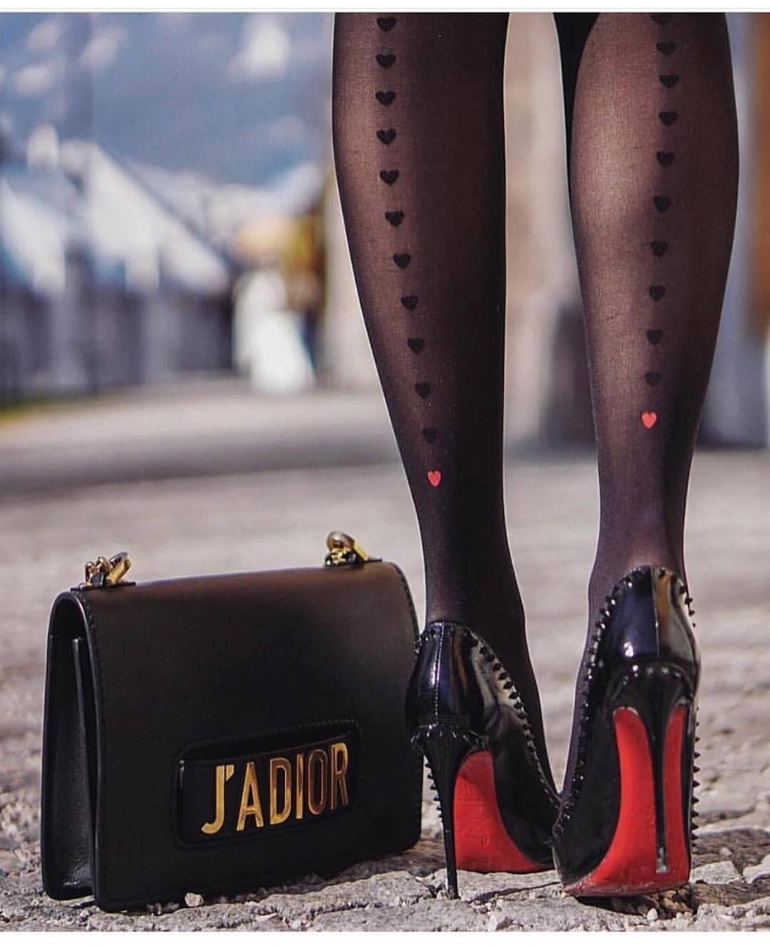 fashionstyles4love_2_4_2019_1_7_42_265.jpg
