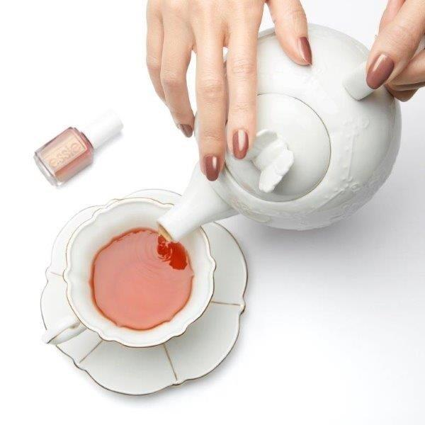 ESSIE-enamel-TeacupHalfFull-lifestyle-OnHand (1).jpg