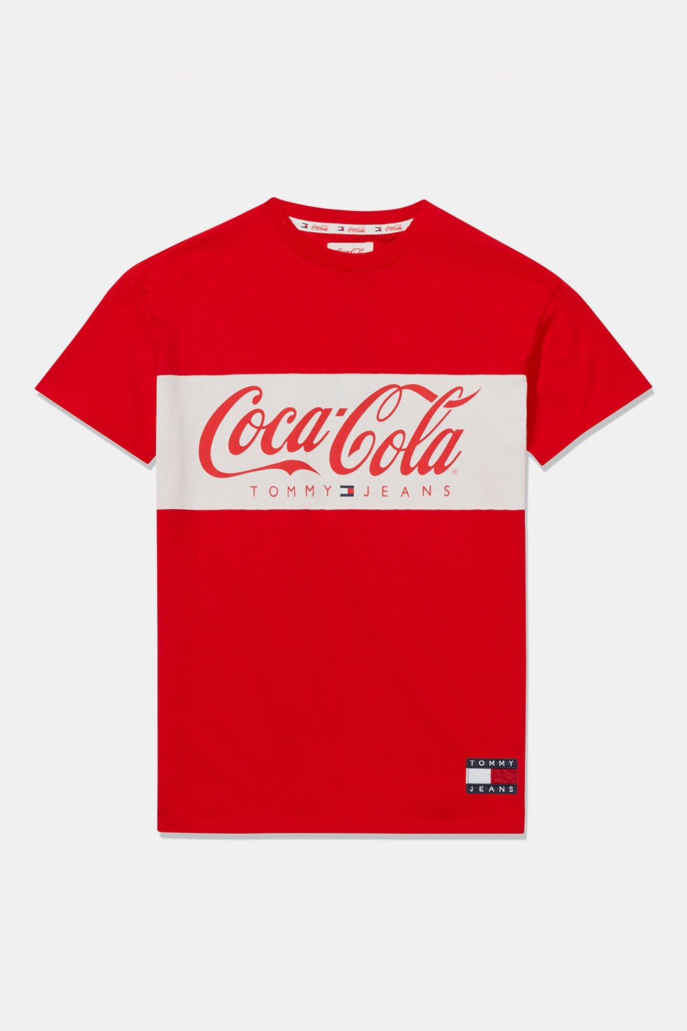 tommy-jeans-coca-cola-ss19-capsule-collection-17.jpg
