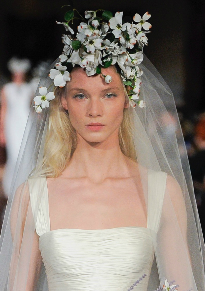 bridallooks_spring19runways_04.jpg