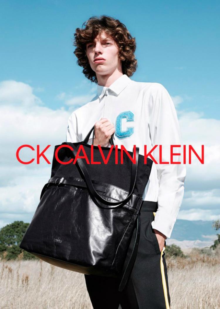 ck_calvinkleinss18campaign_04.jpg