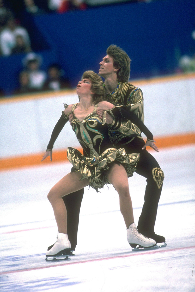 winterolympics_costumes_throughhistory_02.jpg