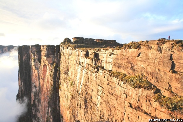cliffs-of-mount-roraima.jpg