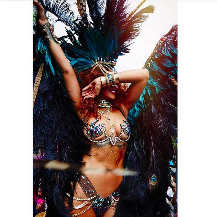 rihanna-carnival-instagram-4-august-2015-celebrity-instagram-gallery__large.jpg