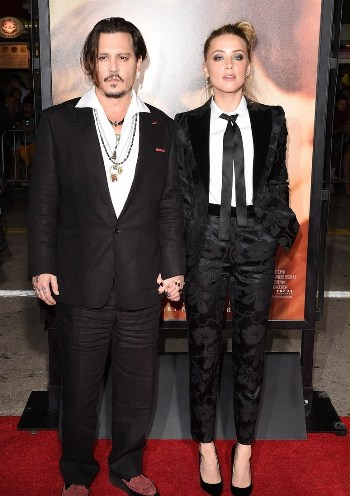 johnny-depp-supports-amber-heard-at-danish-girl-premiere-03.jpg